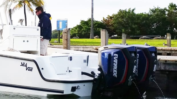 Sea Vee and other boatbuilders have welcomed Evinrude E-TEC G2 engines as power options.