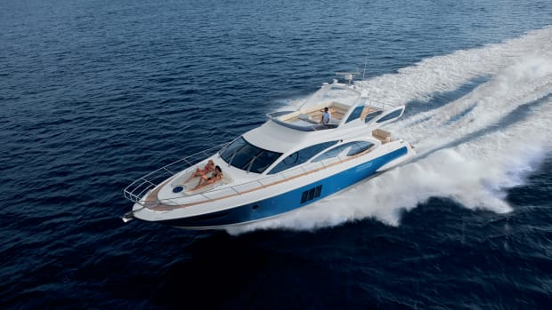 The Azimut 60 making way.