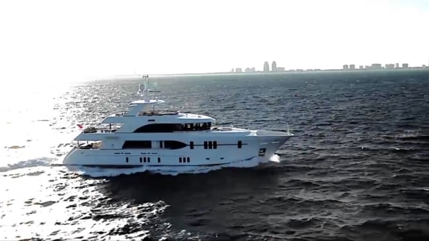 The Ocean Alexander 120 megayacht tri-deck will make its production world premiere with MarineMax at Yachts Miami Beach.