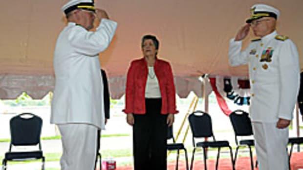 052610_Commandant