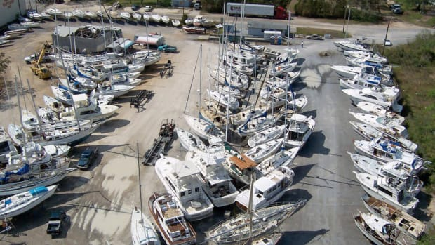 The BoatUS Foundation for Boating Safety and Clean Water said that donating a boat late in the year can decrease a boater's chance of getting premium value.