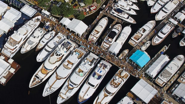 A new agreement will keep the Fort Lauderdale International Boat Show at the Bahia Mar Resort and Marina.