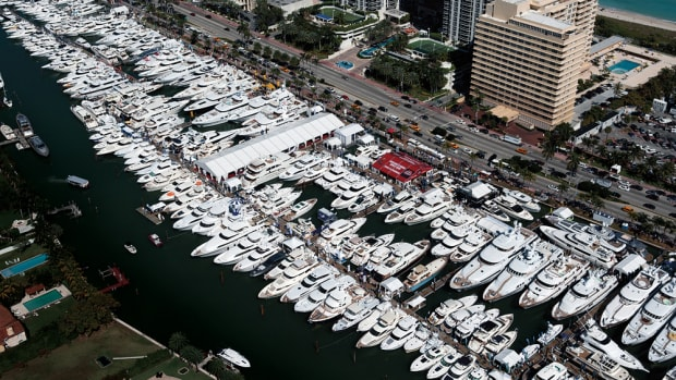 The show will feature more than 500 new and used boats valued at more than $1 billion.