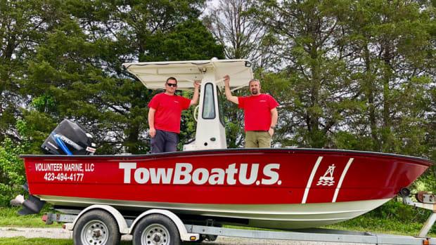 TowboatUS