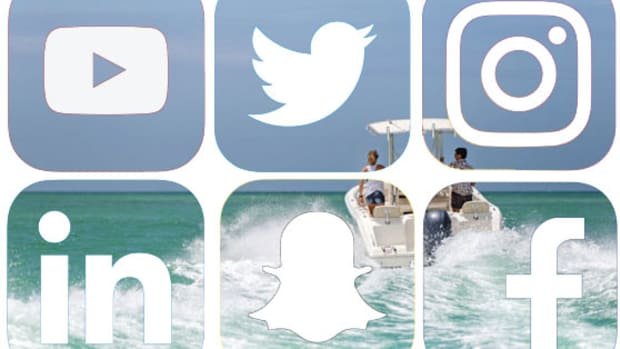 social-icons-over-boat
