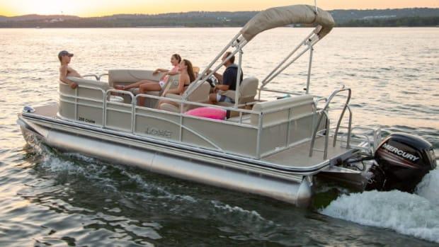 Lowe-pontoon