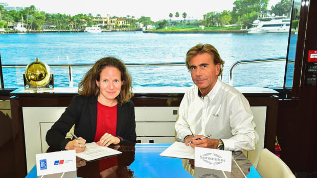 Rolls.Royce and Sunseeker sign frame agreement