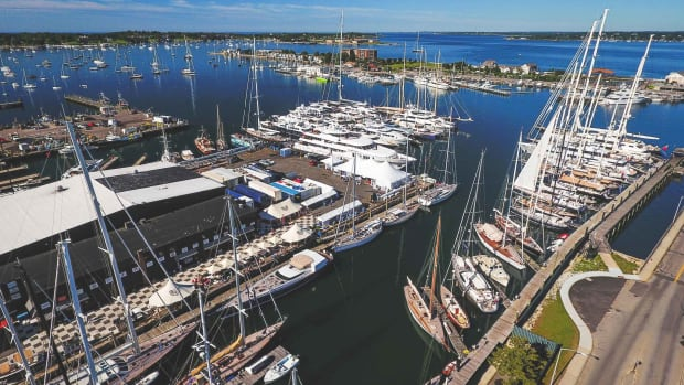 Safe_Harbor_Marinas_Newport_Shipyard