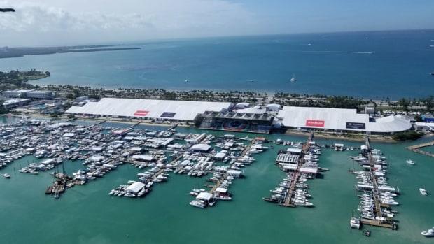 MiamiBoatShowx860