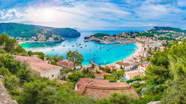 1-Mallorca,-Spain,-AdobeStock
