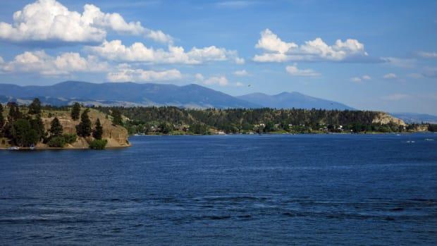 canyon-ferry-Lake