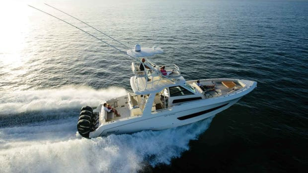 Brunswick_Boston-Whaler