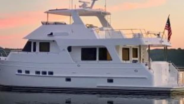 outer-reef-610-motoryacht1 (2)