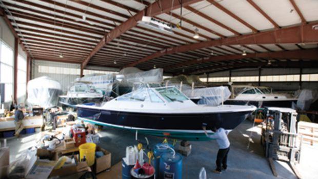 Construction and Maintenance at Hunt Yachts