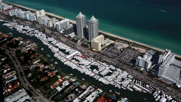 Yachts Miami Beach again filled a mile-long stretch of the Indian Creek Waterway along Collins Avenue.