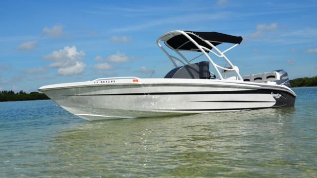 The Adrenalizer 23's stepped hull features a 24-degree deadrise.