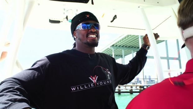 Chicago Bears starting linebacker Willie Young will participate in a Mercury media event next month geared to reach mainstream and non-boating media.