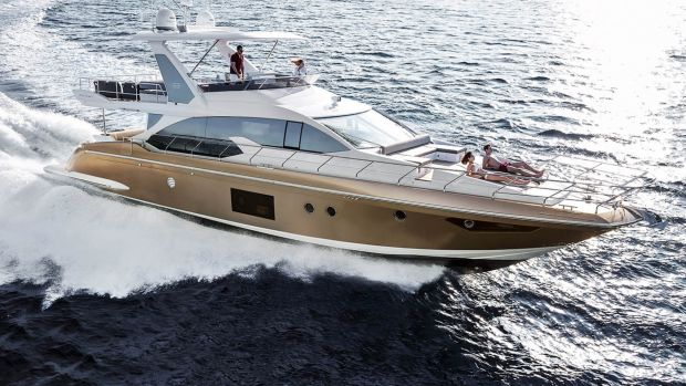 MarineMax said chilly weather in the Northeast and uncertainty in Washington, D.C., prompted sales of boats 60 feet and larger to dip, but the company does not expect the softness to last.
