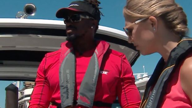 A Mercury Marine event in Chicago last week featured Bears linebacker Willie Young, a longtime boater.