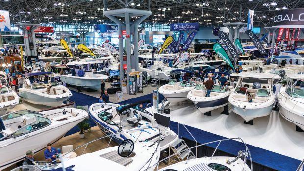 new-york-boat-show-floor