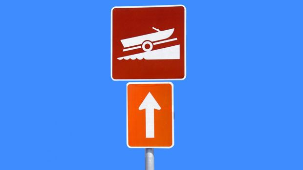 boat-ramping-up-sign-edit3