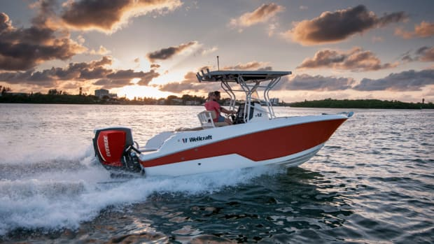 Wellcraft introduced the Fisherman 222 at the Miami International Boat Show.