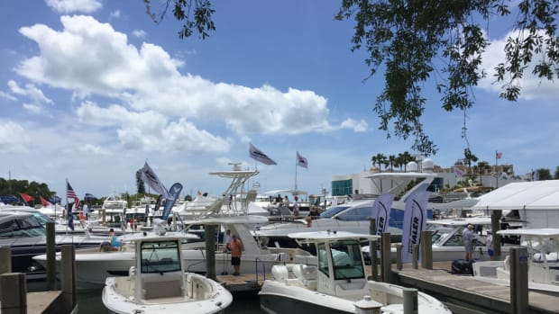 The Suncoast Boat Show in Sarasota, Fla., wrapped up on Sunday after three days of pleasant weather that helped boost foot traffic to higher levels than normal.