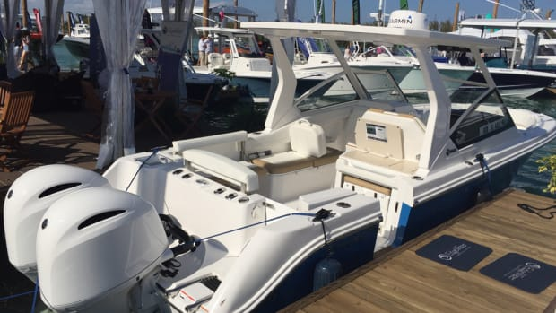 EdgeWater Power Boats said the new 262CX Deep-V Crossover has a deep-vee hull, proprietary EdgeWater Single Piece Infusion construction, high-grade components and twin Yamaha F200 four-stroke outboards.