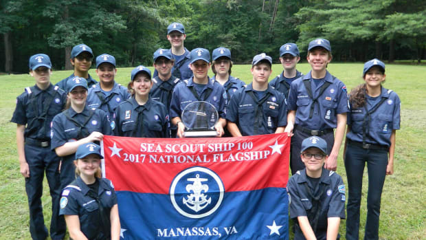 The crew of the SSS Dominion proudly displays the 2017 flagship honors.