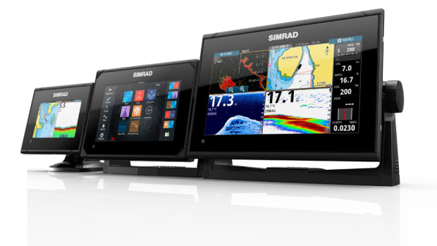 Simrad multifunction displays will be the standard navigation systems on 2018 SunCatcher pontoons.