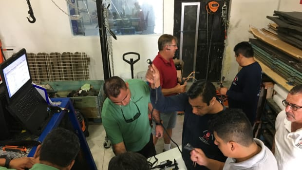Seventeen technicians from dealers in Mexico and Central America attended an IPS engine training course Volvo Penta held in Mexico.