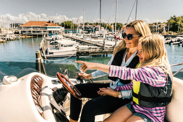Tech advances have brought boaters joysticks, synch systems