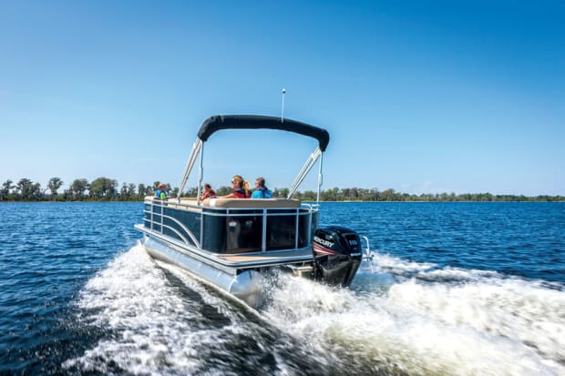 Big-outboard market roars - Trade Only Today