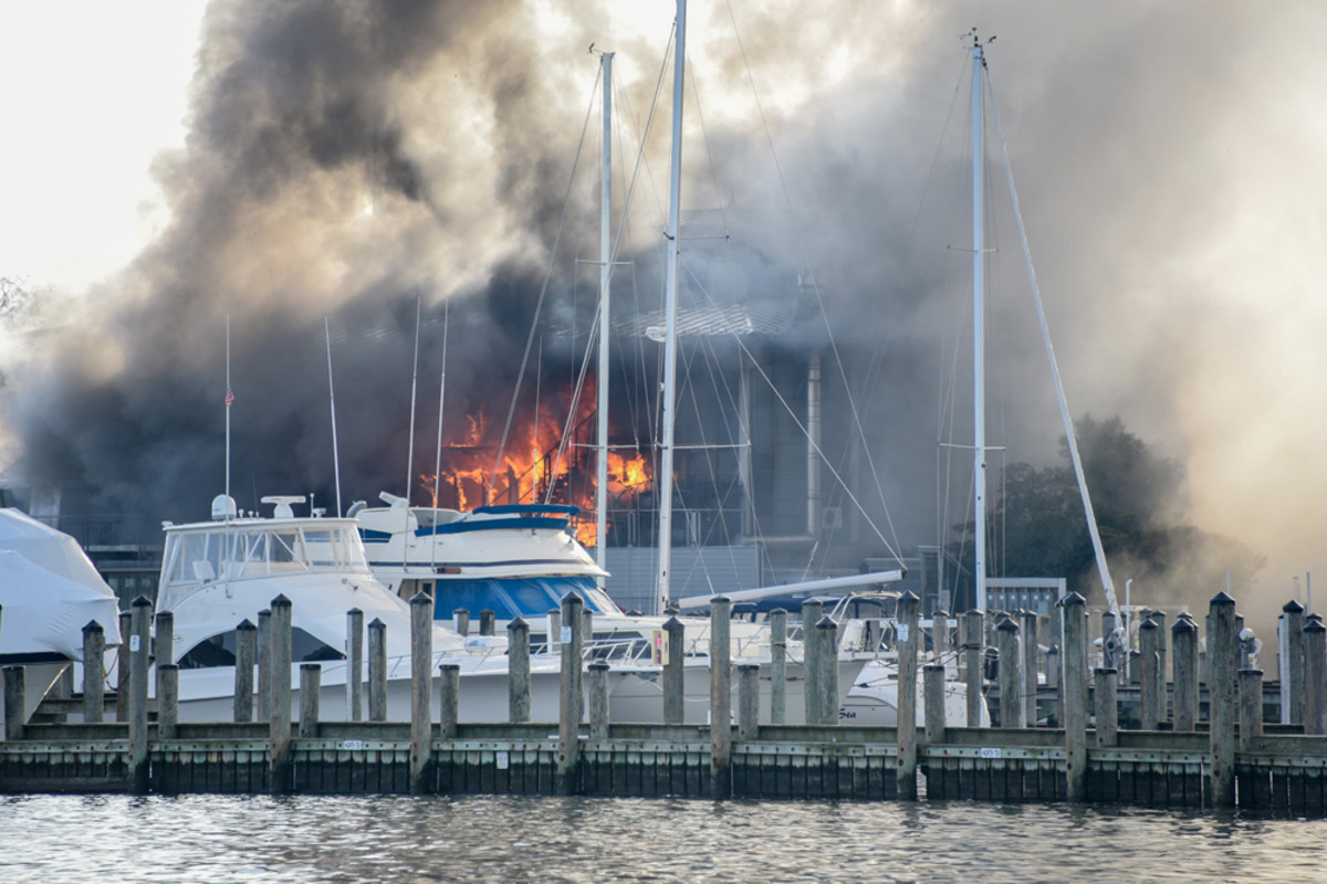 A huge fire destroyed the Annapolis Yacht Club, an institution in the city since 1886.