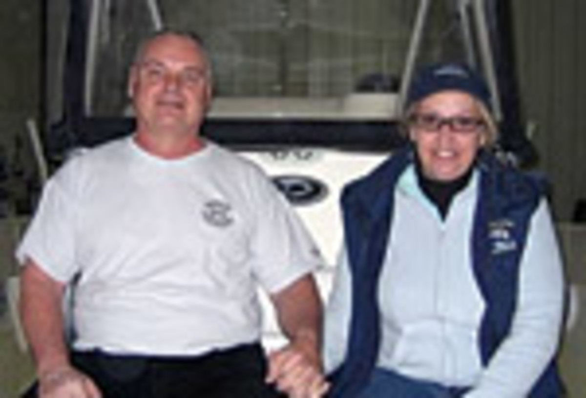 27_boat_buyers_04_couple