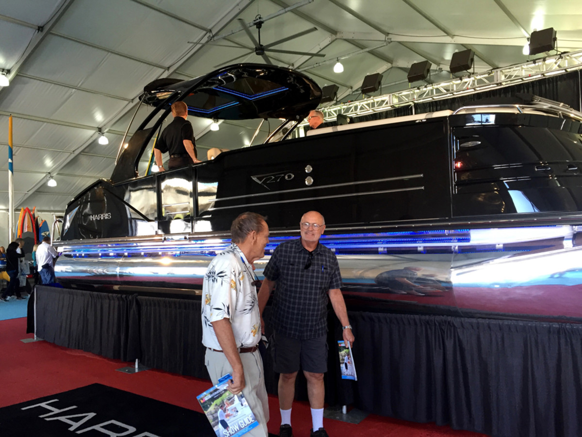 Harris debuted the V270, a fiberglass center console pontoon boat that drew attention at the Miami International Boat Show.
