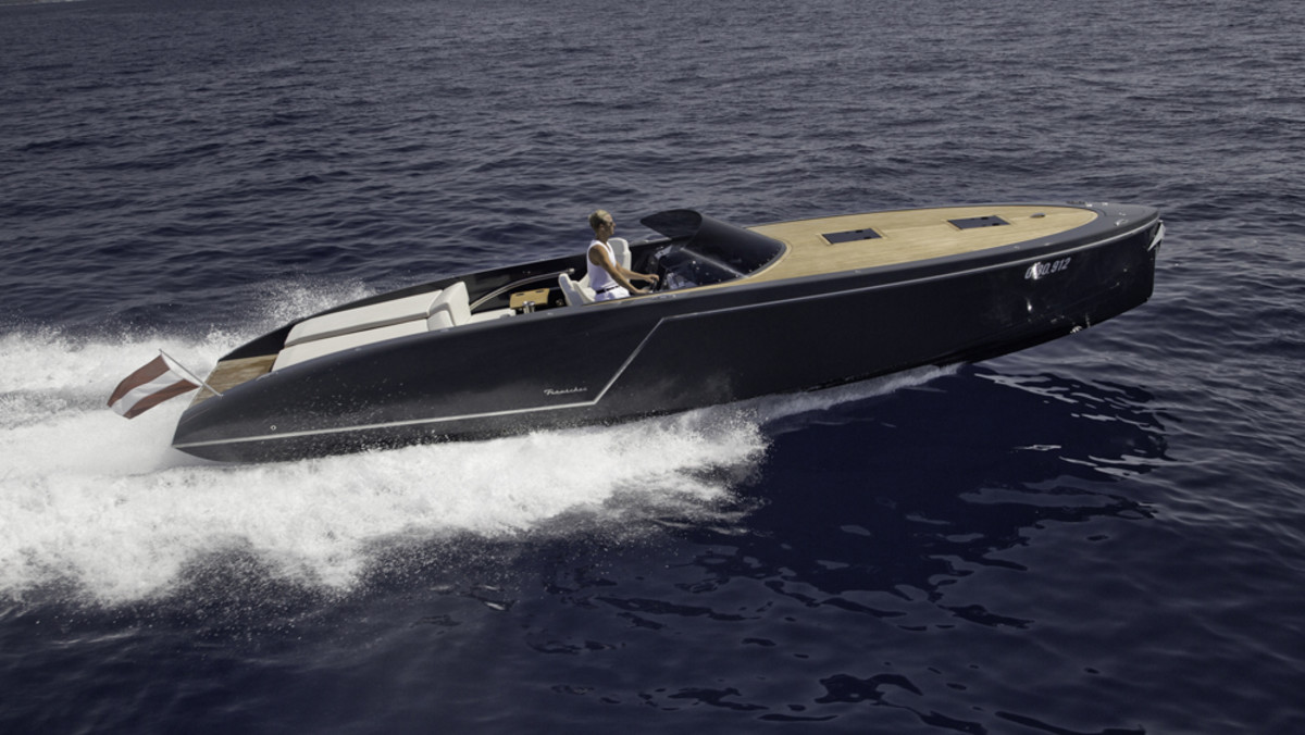 Frauscher Boats' 1017GT won the Performance Boat category at the Motor Boat Awards in 2014.