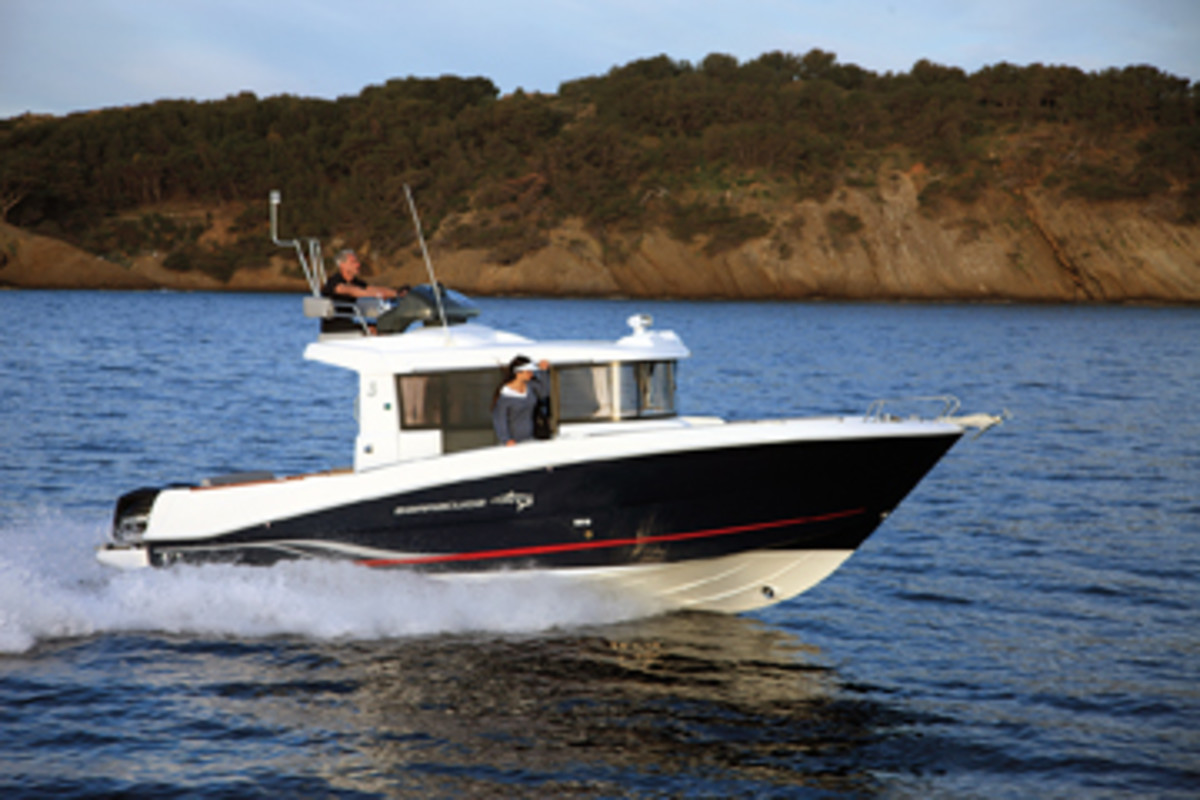The Barracuda 9 Fly has been a mainstay of the Beneteau fleet since the 2012 Fort Lauderdale show.