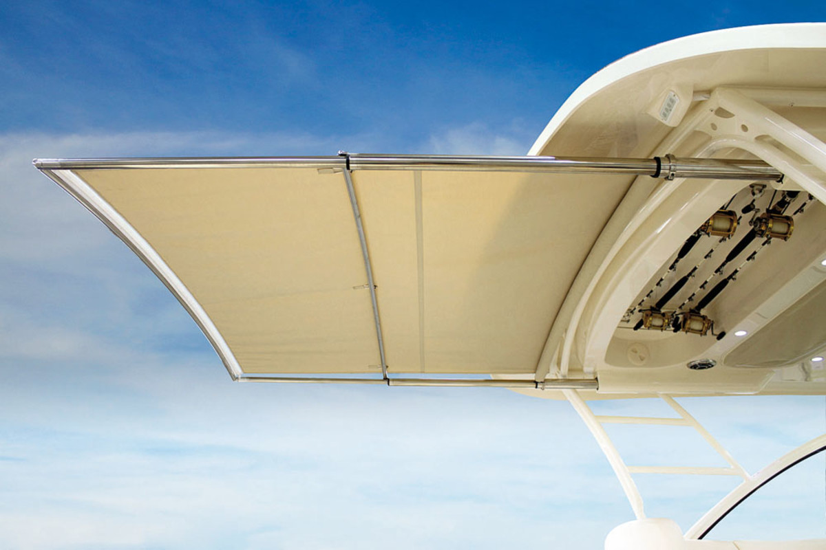 Seltzer signed on as marketing director for retractable shade manufacturer SureShade, which has won two awards from the Marine Marketers of America.