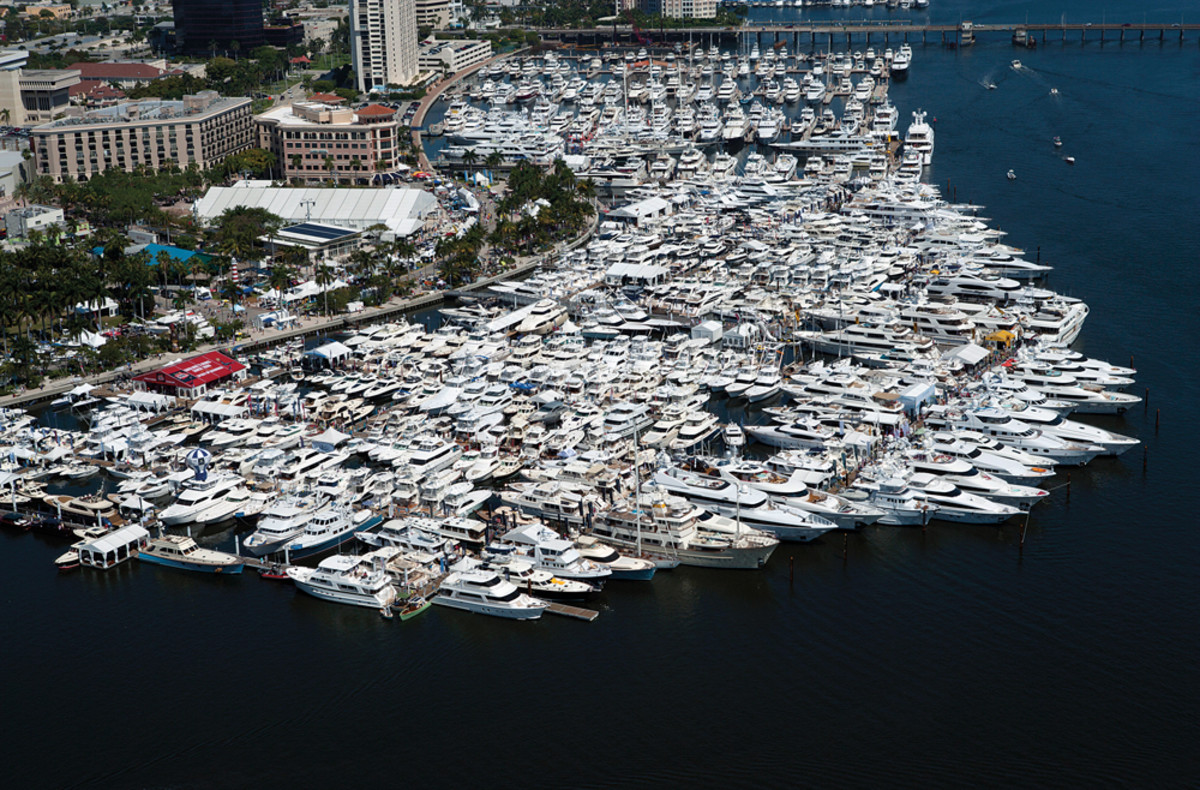 More boats and more people were the hallmarks of this year's successful Palm Beach International Boat Show.