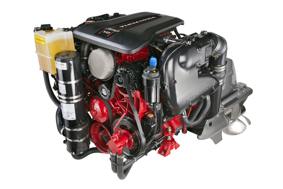 Volvo Penta says its V8-350 weighs 200 pounds less than any other engine in its horsepower class.