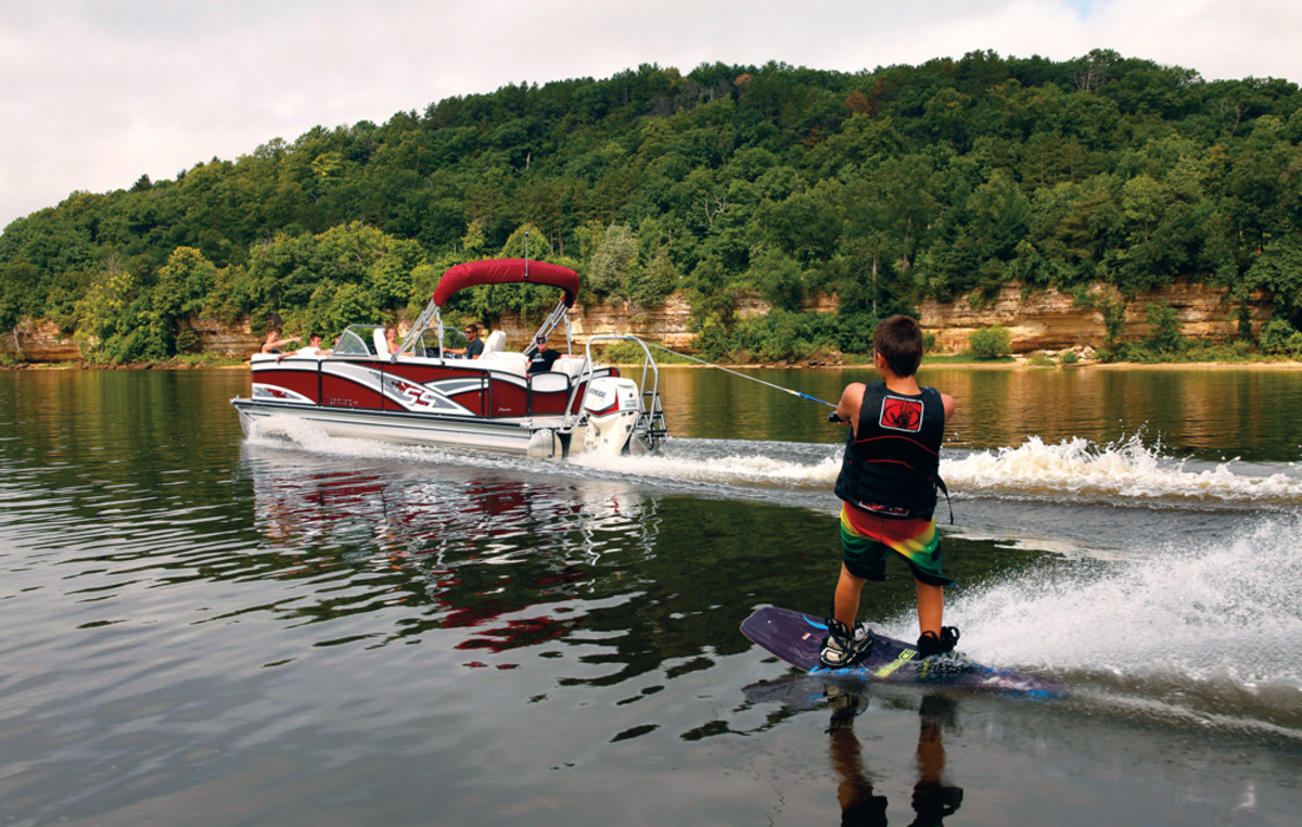 Pontoon boat manufacturers found that buyers wanted more innovation and power and companies such as Premier have delivered.