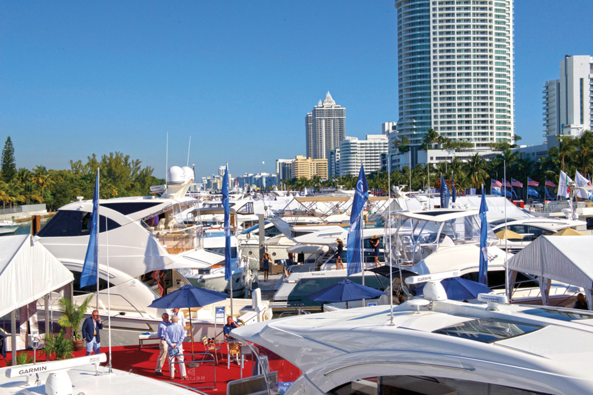 The Yacht & Brokerage Show drew healthy crowds.