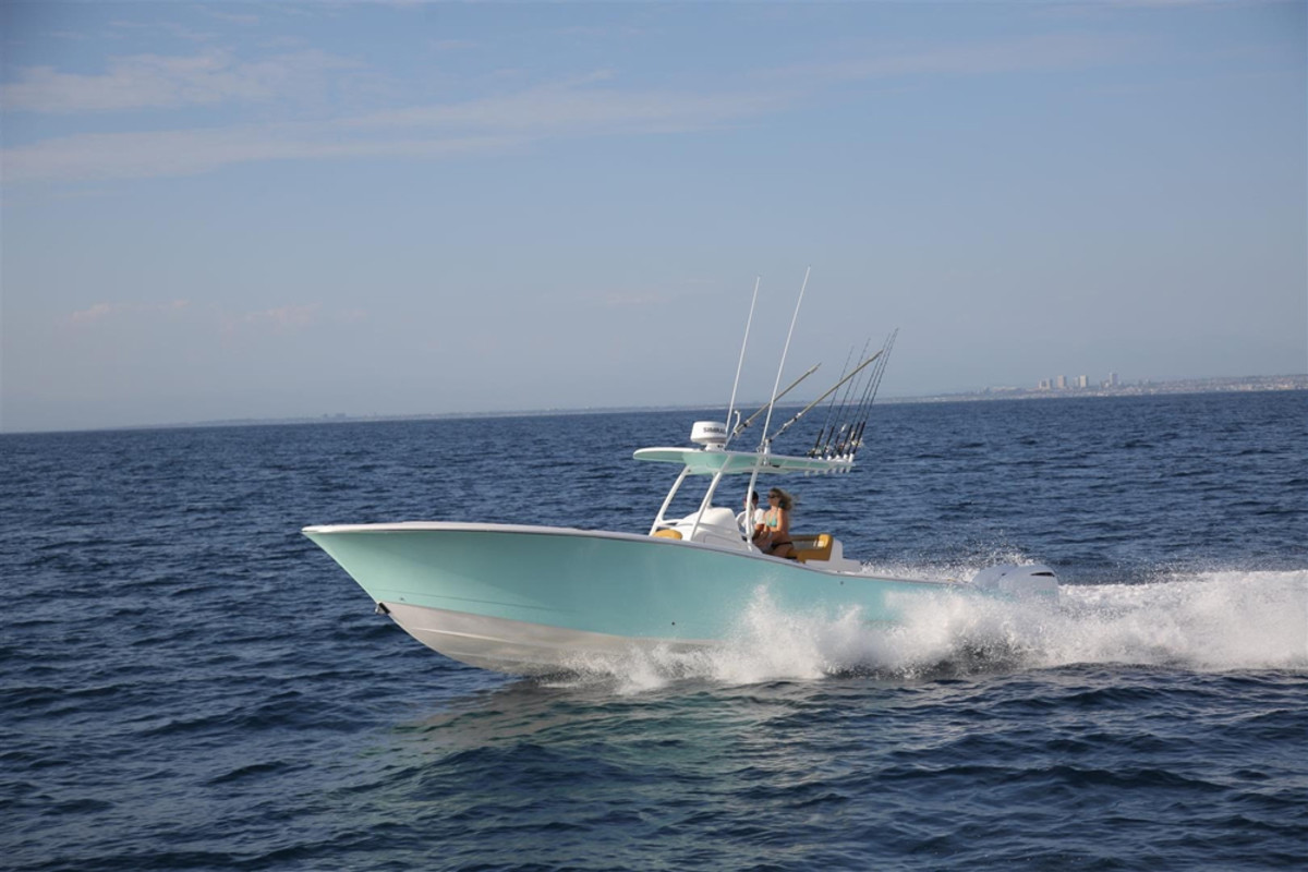 Mag Bay's 33-foot center console.