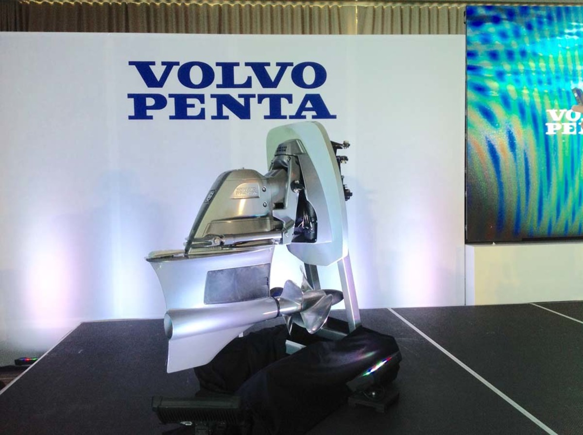 The new Volvo Penta Forward Drive's underwater exhaust reduces engine vibration, noise and emissions.