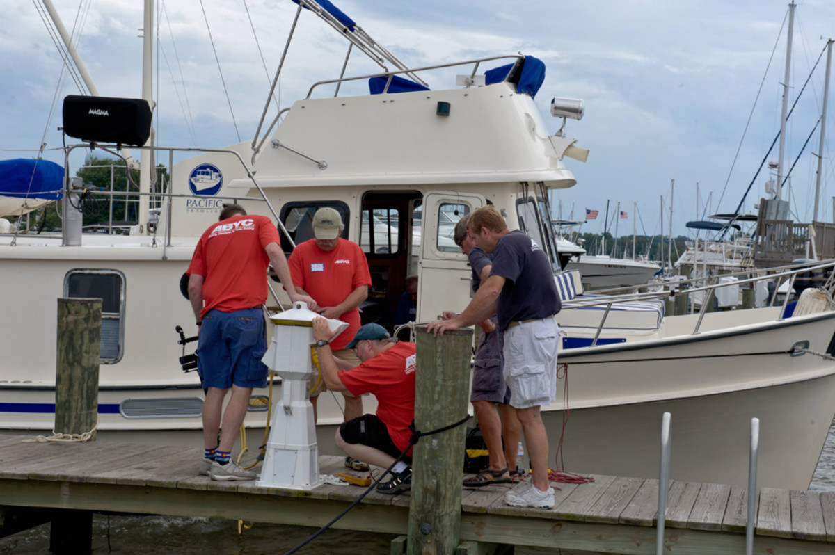 The American Boat and Yacht Council will use a 35-foot powerboat to conduct an outdoor seminar at IBEX.