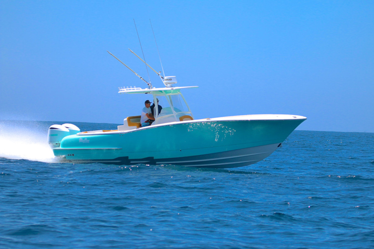 The Mag Bay 33 was designed by Michael Peters Yacht Design in Sarasota, Florida.