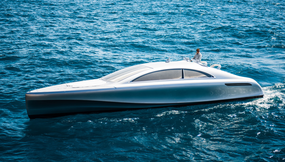 Two Yanmar diesel engines will power this Mercedes Benz-styled Arrow 460 Granturismo motoryacht.