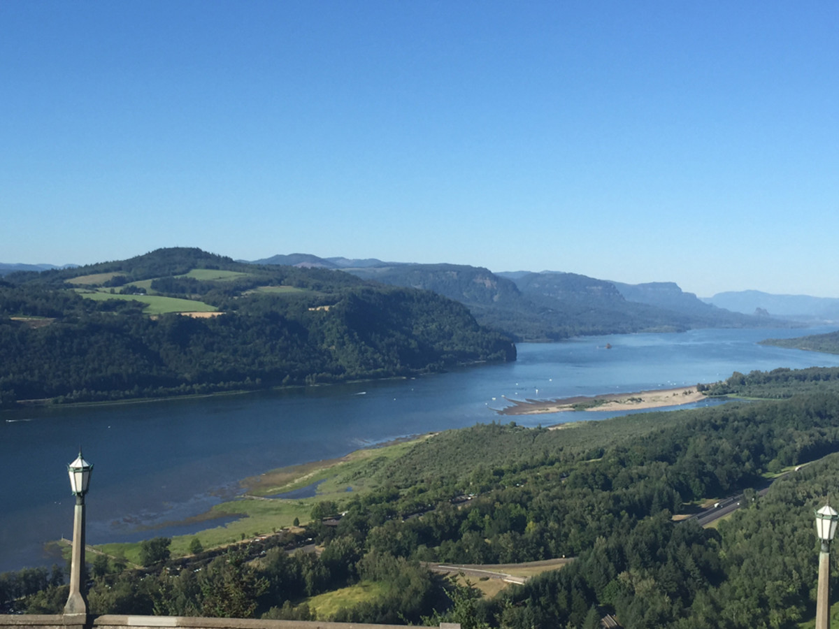 The historic Columbia River Gorge provided spectacular sights for tour riders.