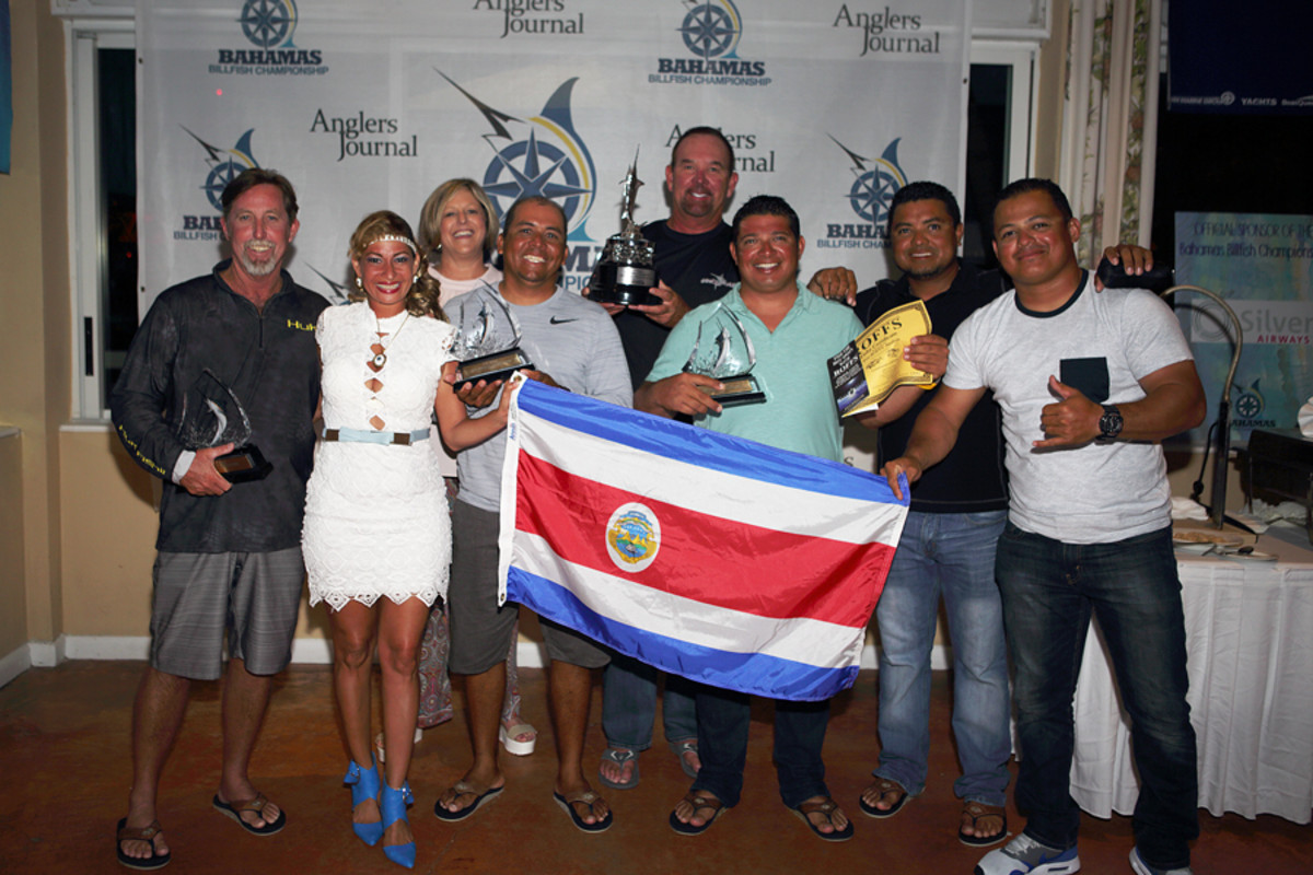 Team Uno Mas won the $5,000 Grand Slam bonus during the second leg of the Ba-hamas Billfish Championship.
